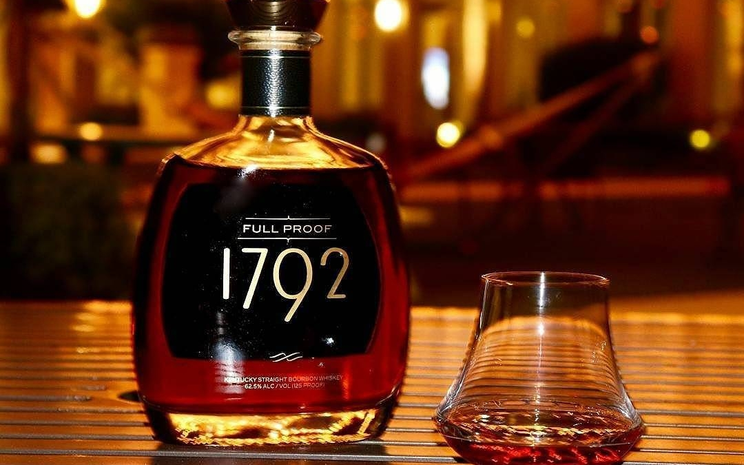 That. Looks. Delicious. @1792bourbon #fullproof, pretty please…???? #whiskeyporn #fullproofbrownwater #spirits #beautifulbourbon #strongwater #Repost @bourbonenthusiast ・・・…