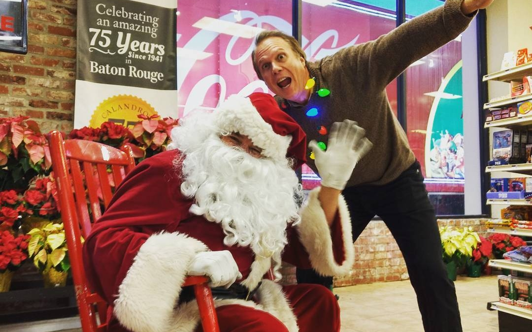 #Santa is here! @ Calandro's Perkins 'til 6pm. Come grab a FREE PIC, meet Scotty…