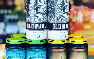 Couple new brews from @allrelationbeer and @greatraftbeer Old Mad Almond Joy with chocolate, coconut, and…